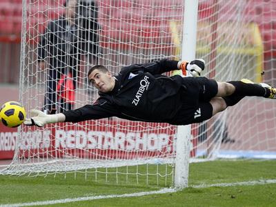 Crvena Zvezda Vs. Spartak, Jelen super liga