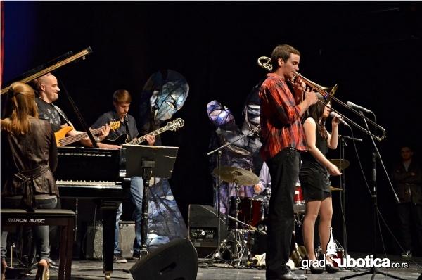 Jazzik-2013-4