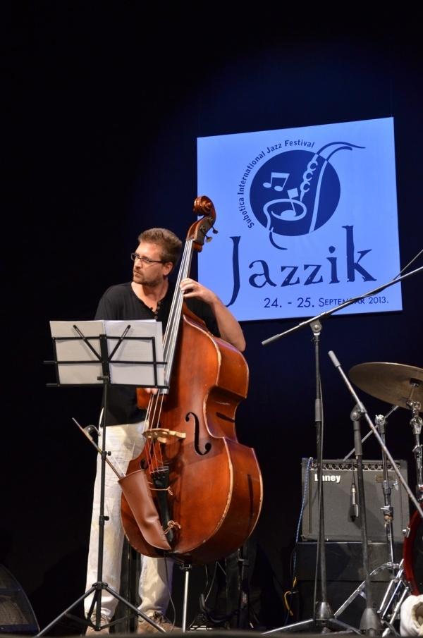 jazzik 3