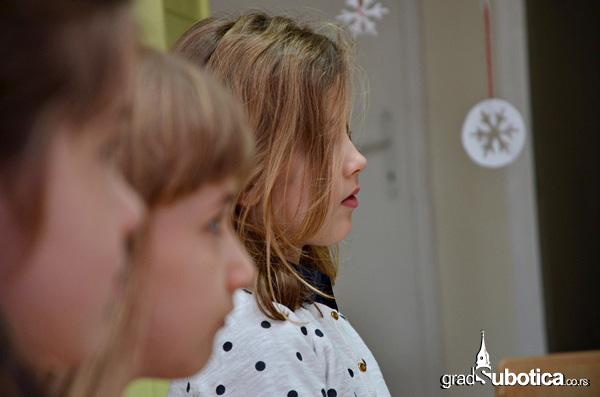 Deda Mrazove kocije - Skolica (10)