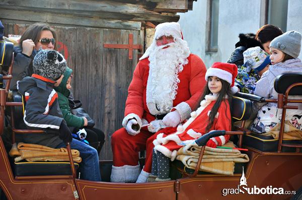 Deda Mrazove kocije - Skolica (2)