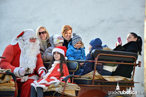 Deda Mrazove kocije - Skolica (8)
