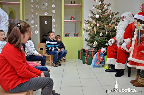 Deda Mrazove kocije - Skolica (9)