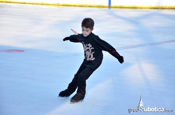 Malodije na ledu (6)
