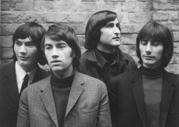 Srangers-1967-3