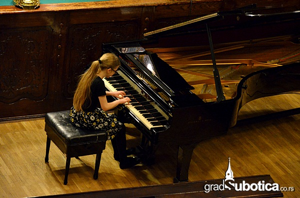 Velika vecnica - pijanisti (4)