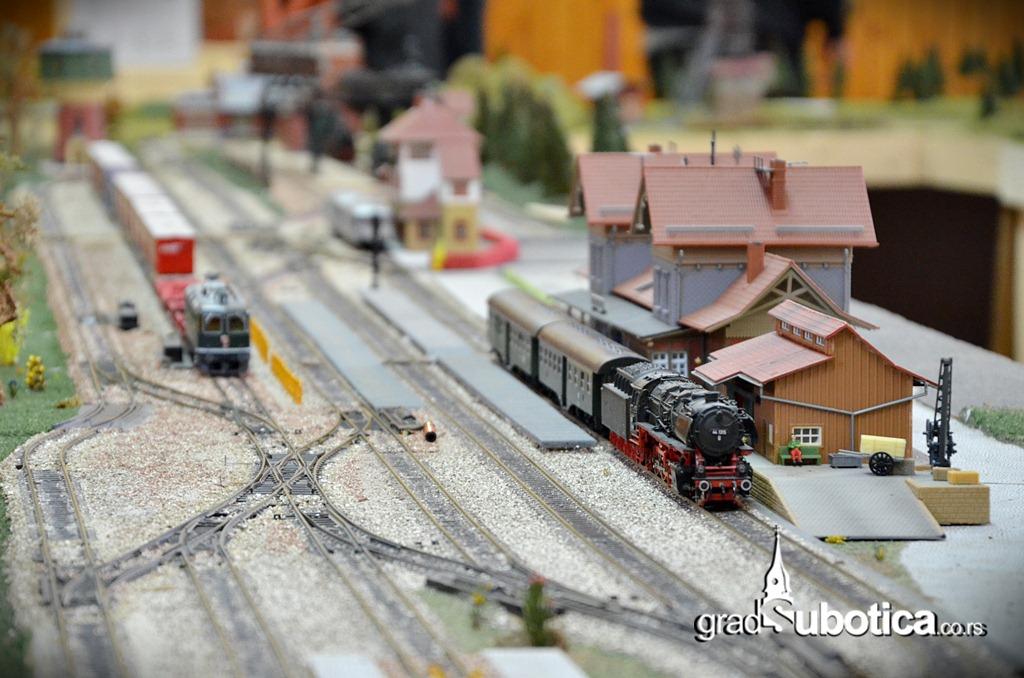 Makete vozovi zeleznica (3)