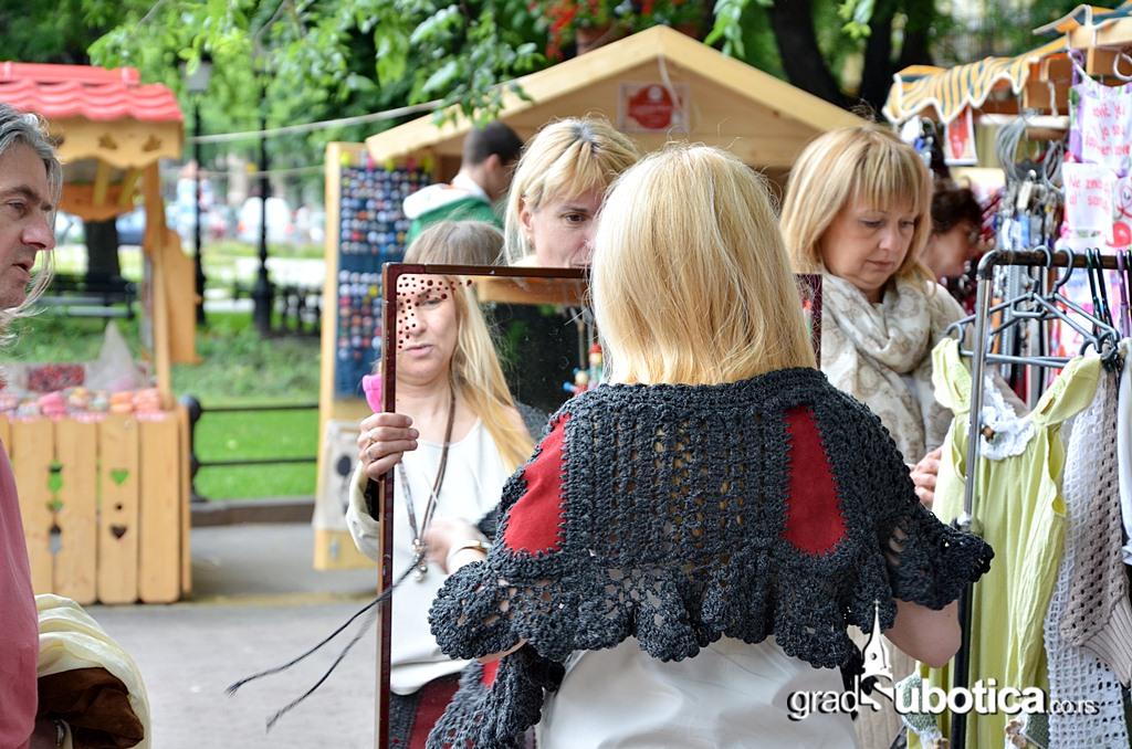 Ukusi tradicije Trg republike (18)