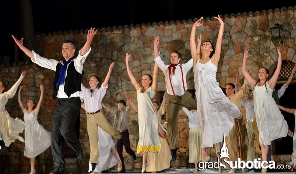 Letnja terasa - Balet Grk Zorba (40)