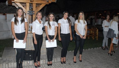 660190_godisnja-zurka-vinarije-zvonko-bogdan300815rasfoto-biljana-vuckovic-007_f