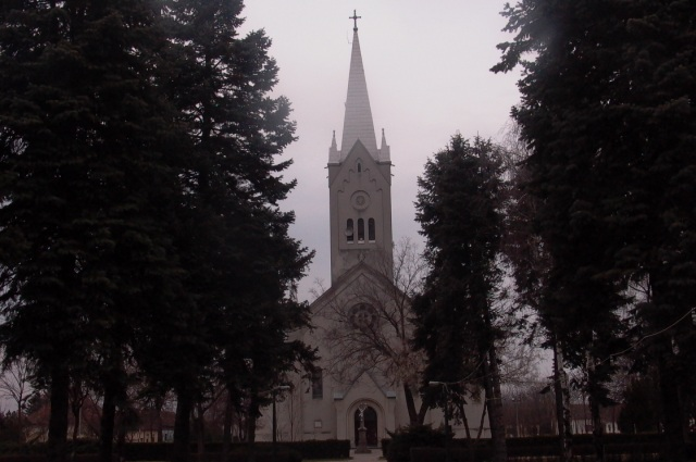 tavankut crkva