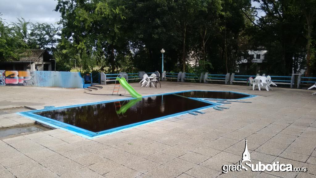 Termalni-bazen-Palic-2