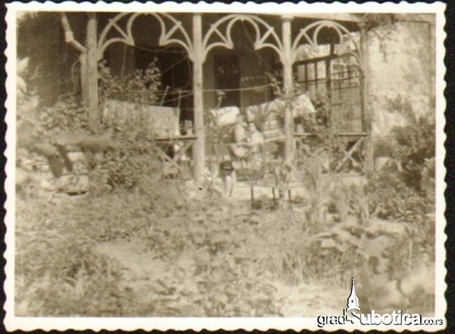 stari trem trg lazara nesica (1)